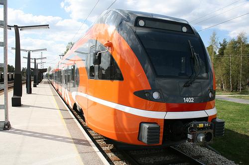 Elektriraudtee uued rongid saavutasid ajaloolise kiiruse