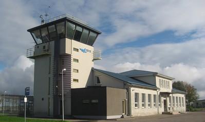 Kuressaare lennujaamas kasvab era- ja tšarterreiside arv