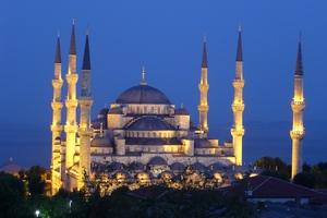 100 tundi Istanbulis