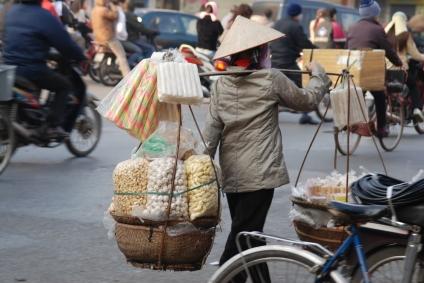 vietnam_hanoi_iStock_000002839533XSmall