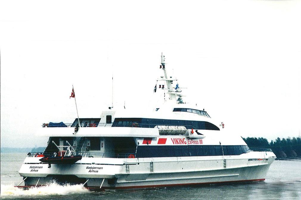 Viking Express III (Sobjornen), 06.05-30.09.1996, 288 reisijakohaga kiirkatamaraan