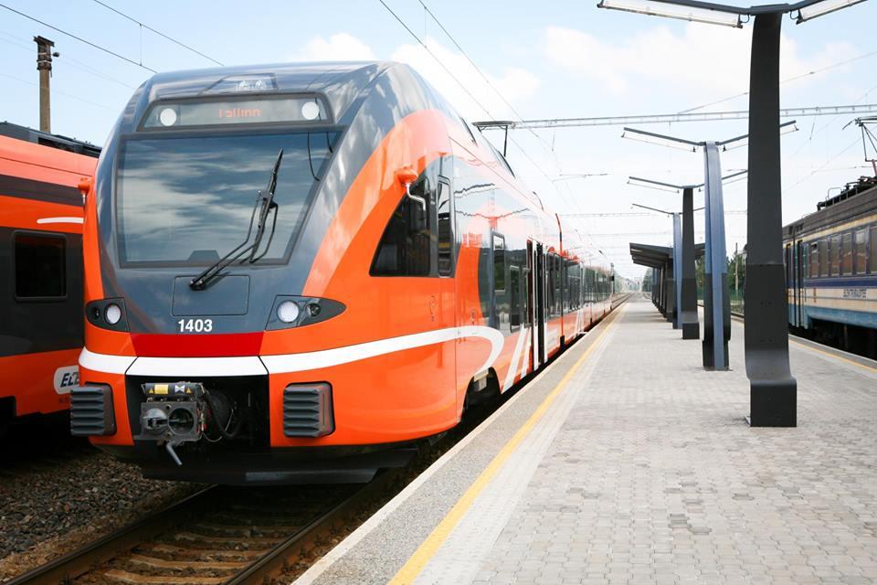 Tallinlased saavad jätkuvalt linna piires rongiga tasuta sõita