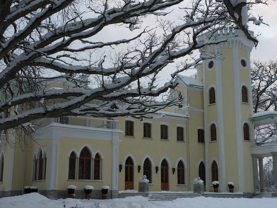 HAUS GALERII ANNAB TEADA! Eesti moodsa kunsti klassikute hetked Keila-Joa lossis avab Toomas Vint