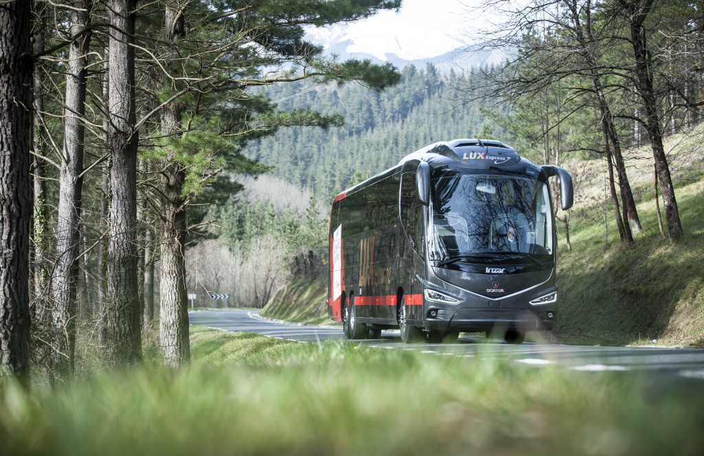 SENISEST ROHKEM MUGAVUST JA PRIVAATSUST! Tallinn-Tartu liinil sõidavad tänasest uue kontseptsiooniga bussid