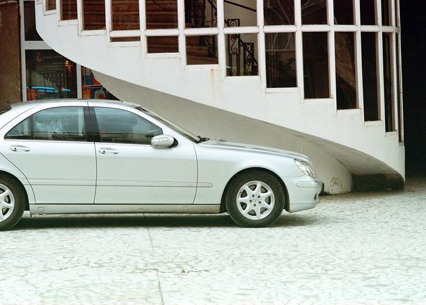TASUB TEADA! Millistes reisisihtkohtades küsitakse autot rentides rahvusvahelist juhiluba?