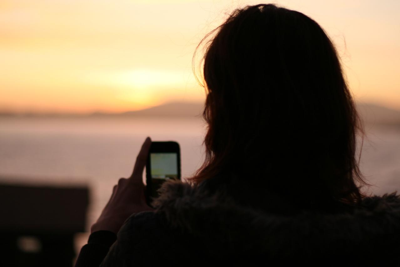 8 nippi, mida võiksid teada, kui kasutad telefoni välismaal