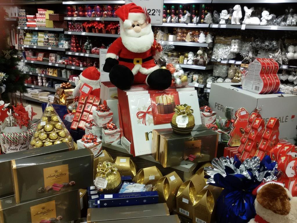 JÕULUABILISED! Koolinoortel on võimalus jõuluvaheajal taskuraha teenida