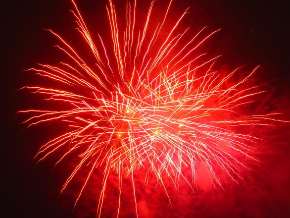 fireworks-01-1538318