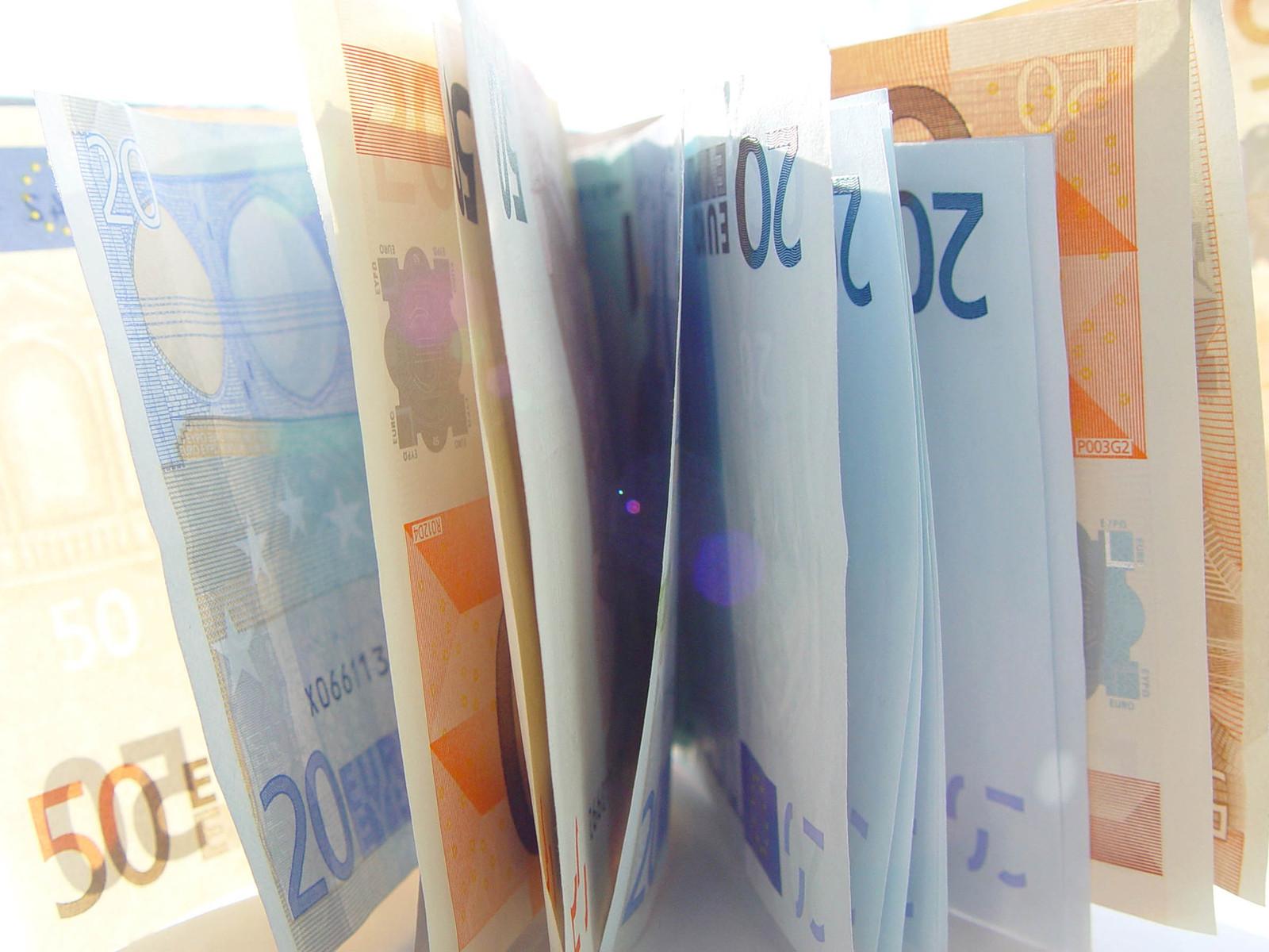 Kas laenata või säästa raha?