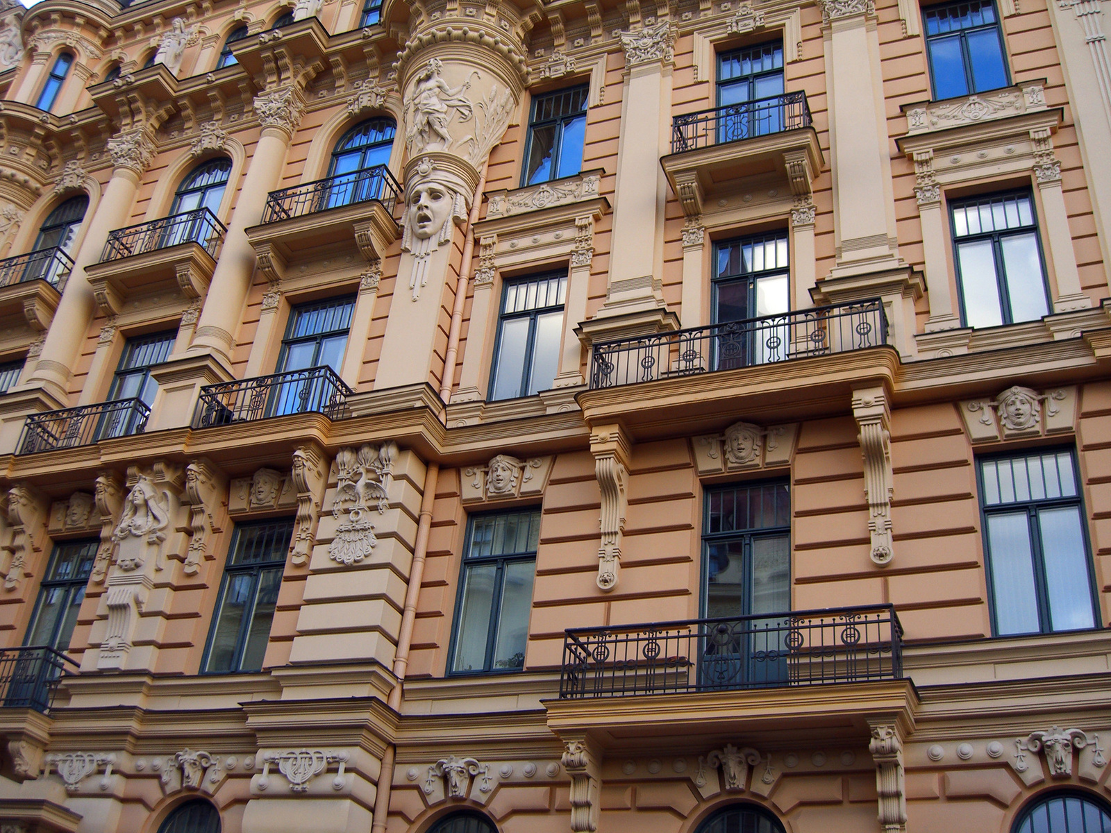 Baltimaad pakuvad puhkusereisijale põnevaid elamusi