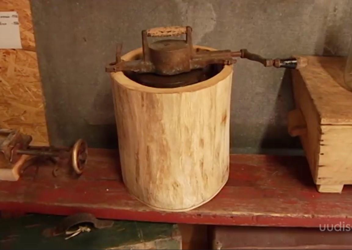 VIDEO! Kas sina teadsid, kuidas lõigati vanasti tubakalehti või valmistati jäätist?