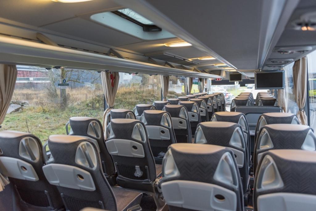 Tellimusvedude turule siseneb tipptasemel bussidega uus tegija Lux Charter