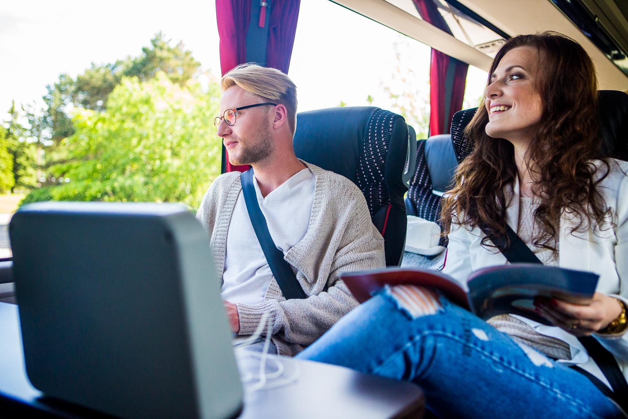 80561ff2224 OLE TEADLIK! Miks on oluline kinnitada turvavöö ka bussiga sõites ...