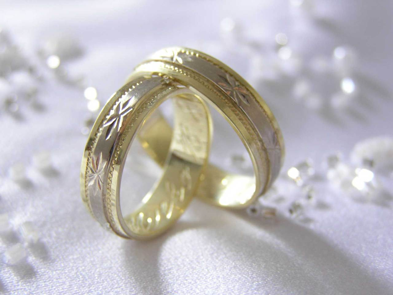 NÕUANDED! Kuidas puhastada abielusõrmust?