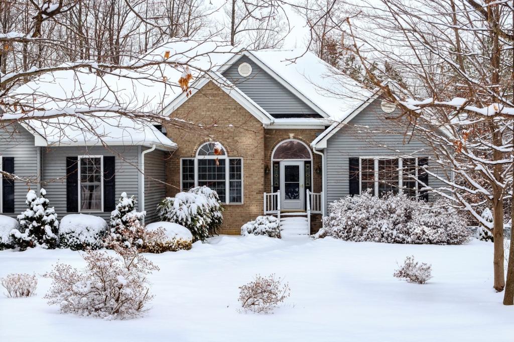 5 SOOVITUST! Kuidas külmakraadide ajal oma kodu kaitsta?