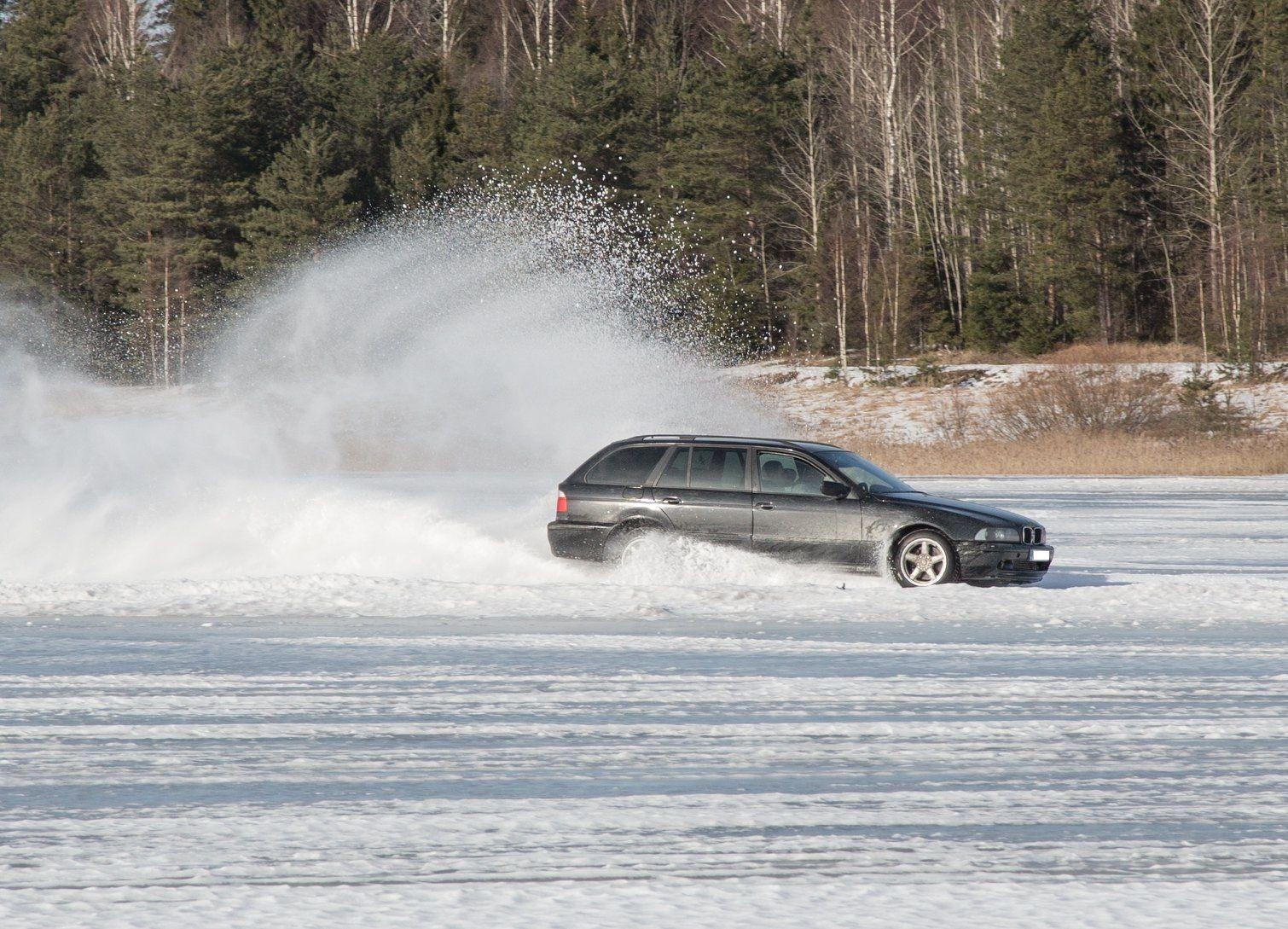 Kindlustus annab nõu! Autoga tasub järvejäält eemale hoida
