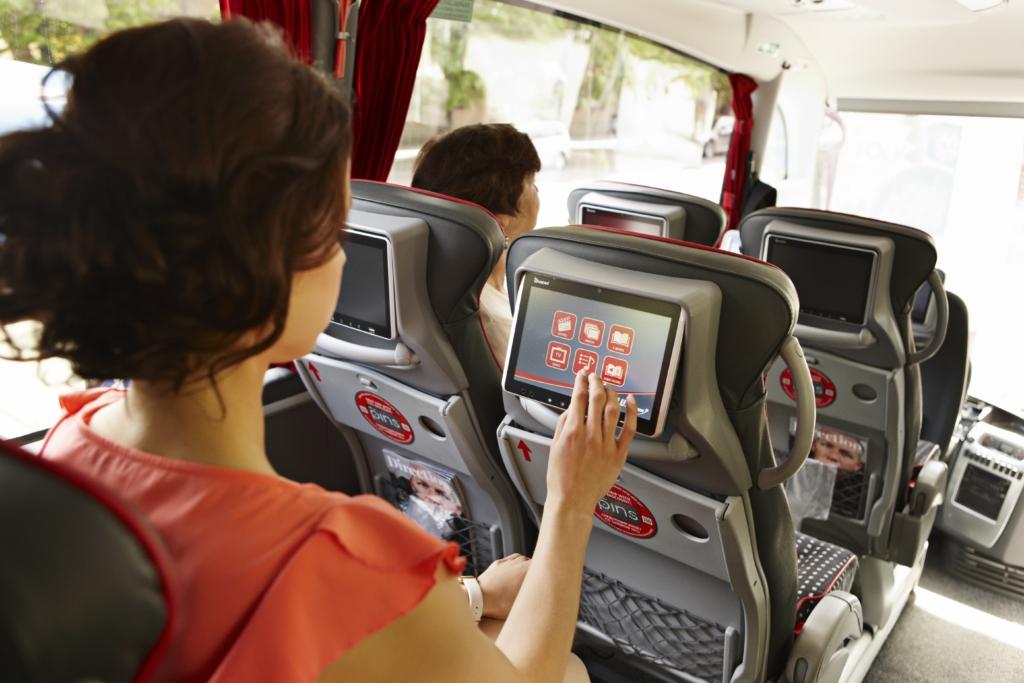 Lux Expressi uued bussid meelitavad ühistranspordiga sõitma ka autojuhte