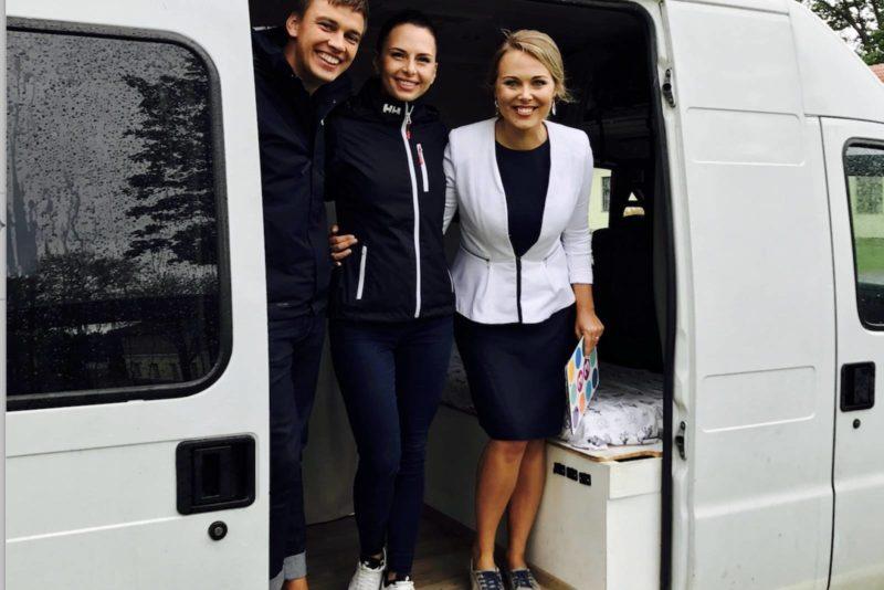 VIDEO! Imetlusväärne! Noor Eesti pere seikles koduks ehitatud bussiga 9 kuud Euroopas!