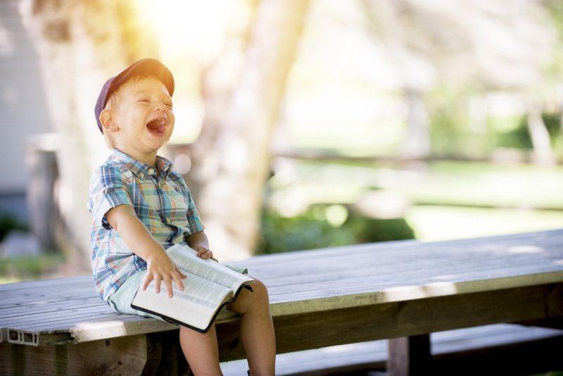 Vaata ja naera! Väikesed asjatundjad naljatavad