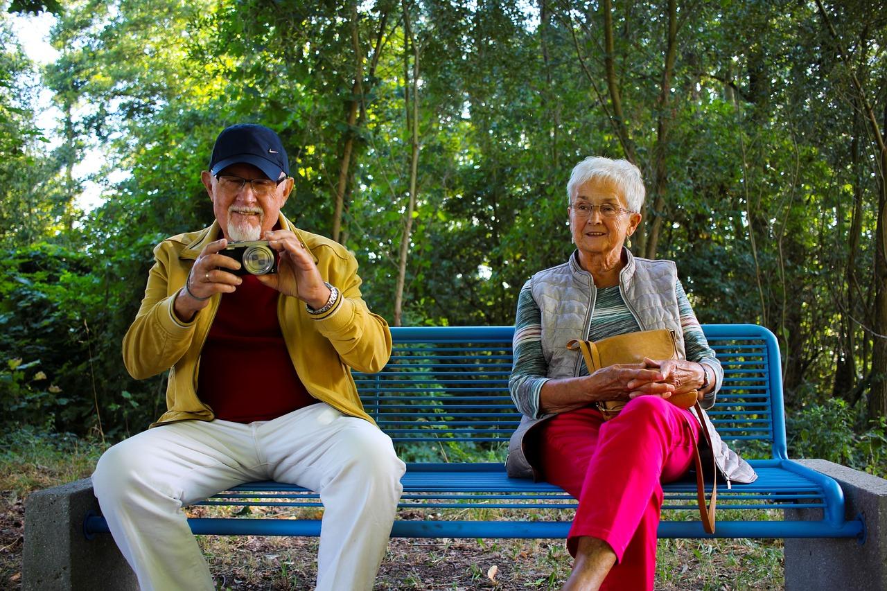 TÄNA ON VANAVANEMATE PÄEV I Need neli nutinippi teevad vanaisa elu kergemaks