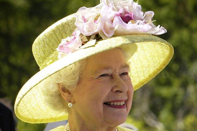 Inglismaa kuninganna Elizabeth II vanemstilisti sõnul ei kuulu 2019. aastast alates enam kuninganna garderoobi karusnahk