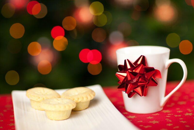 Kuidas kaunistada rikkalikku jõululauda?