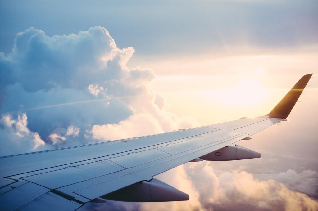 VIDEO I Mitmed lennufirmad alustavad alates maikuust uuesti reisimist