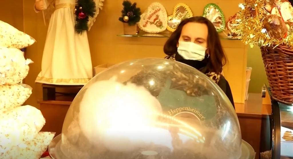 VIDEO I Baierimaa hoteelipidaja avas drive-in jõuluturu